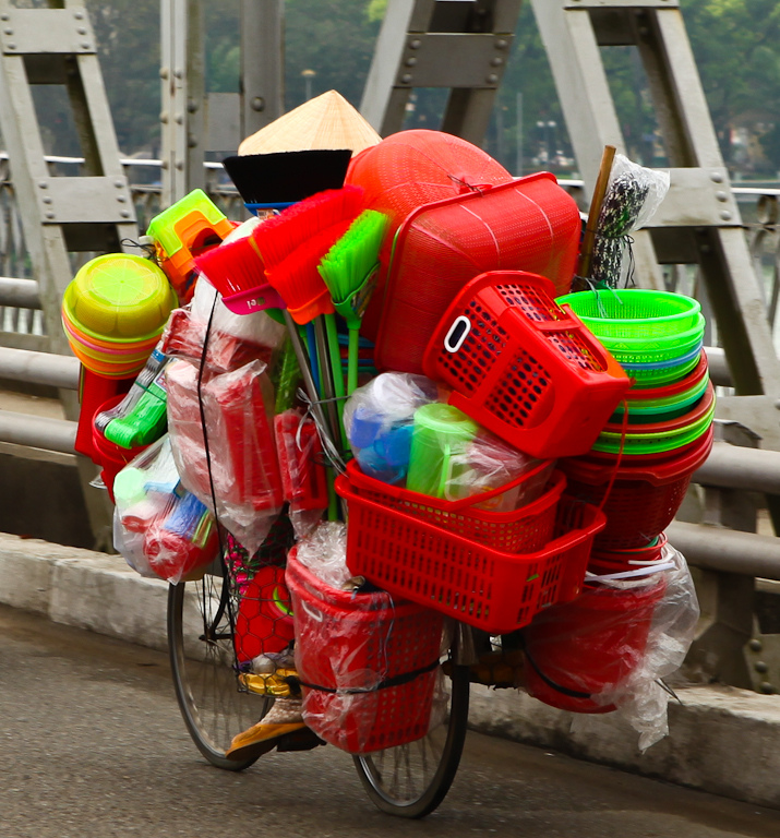 how to carry things on a bike