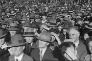 Huge crowd in the Domain to hear Communist Party speaker, c. 1934