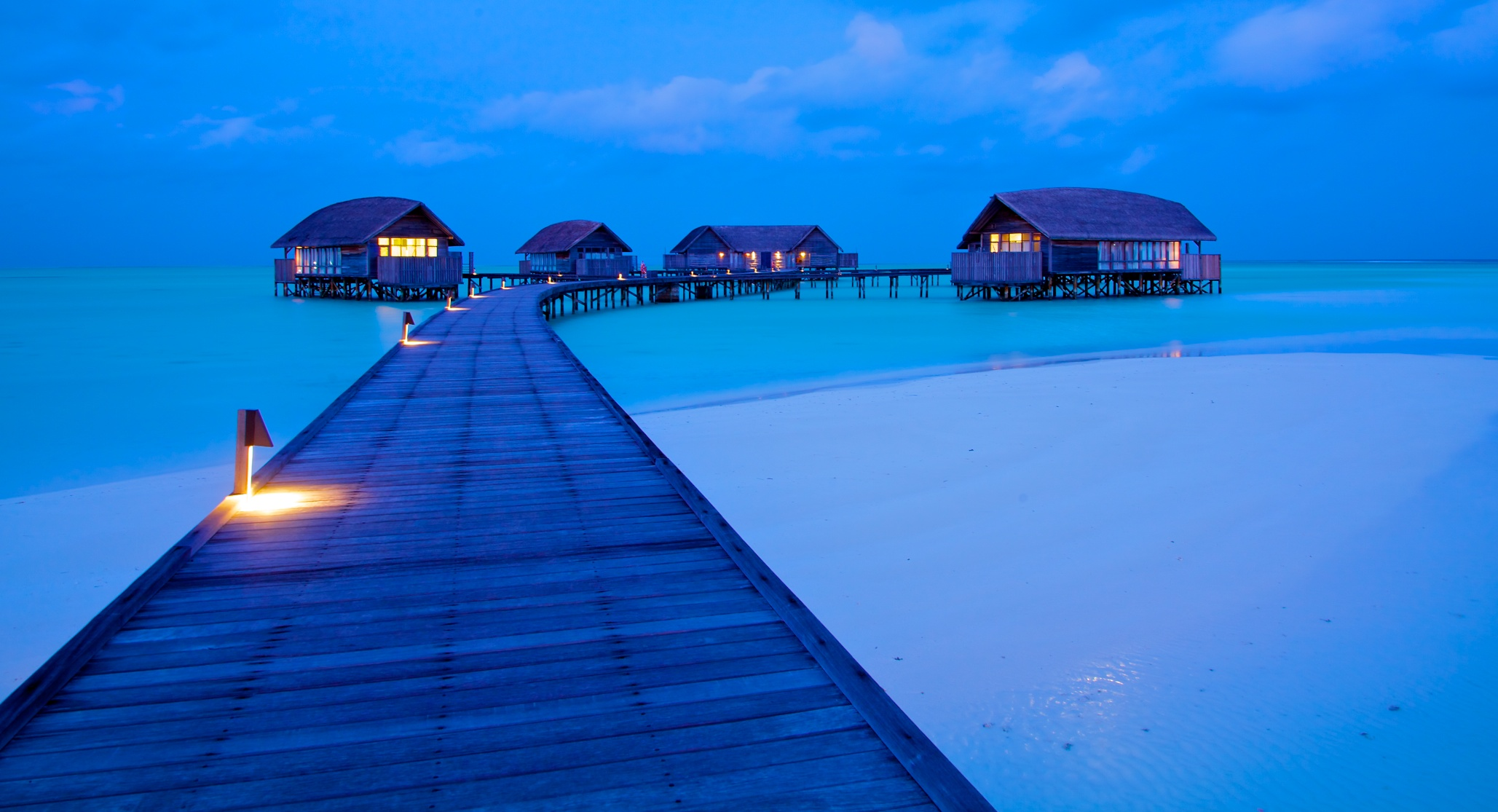 Cocoa Island night