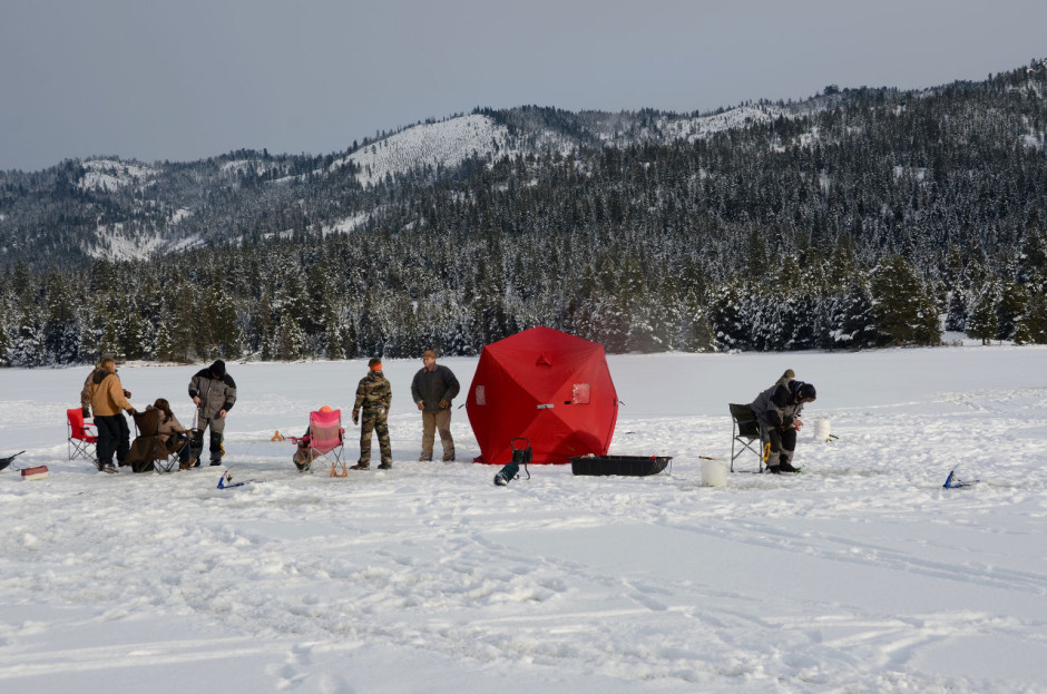 7 creative ways to get the best out of winter in idaho for Ice fishing idaho