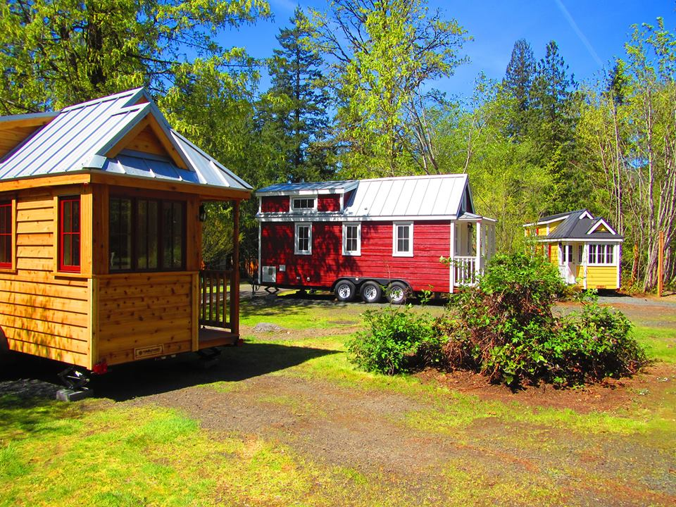 Try the minimalist lifestyle at this tiny house resort in for Tiny house minimalist