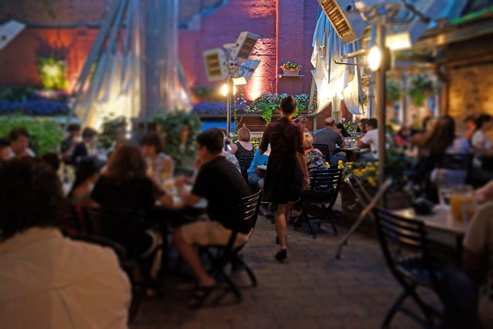 13 restaurants that 39 ll make you want to visit montreal for Restaurant jardin montreal