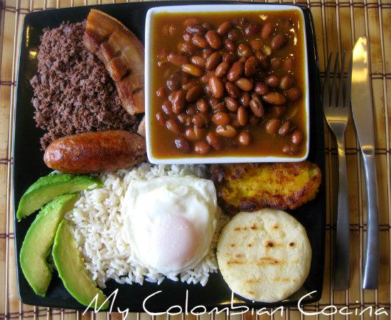 12 deliciosos platos colombianos que puedes cocinar donde sea - Platos faciles para cocinar ...