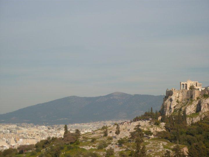 Acropolis, Distant