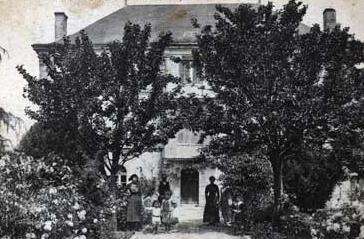 cartes-postales-photos-Chateau-de-Roche-bonne-ST-JUST-LUZAC-17320-7816-20071027-6l8q0s8v5c4l3a7b2f8n1.jpg-1-maxi1