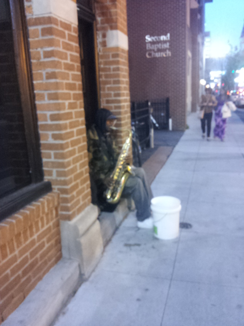 Gracias Saxofonista Anónimo