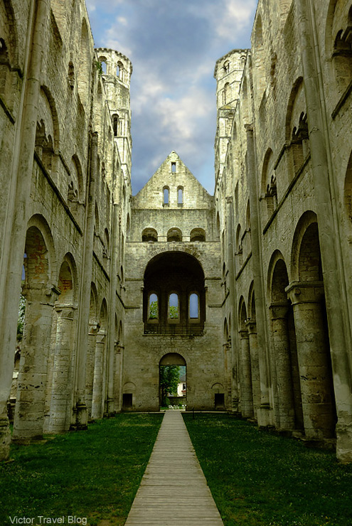 benedictine-abbey-jumieges-181
