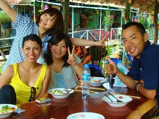 around-bangkok-gabriela-fernandez