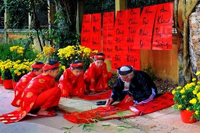 tet-traditions-teach-travel-explore
