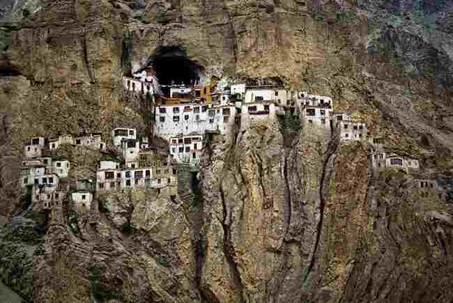 phutkal-monastery