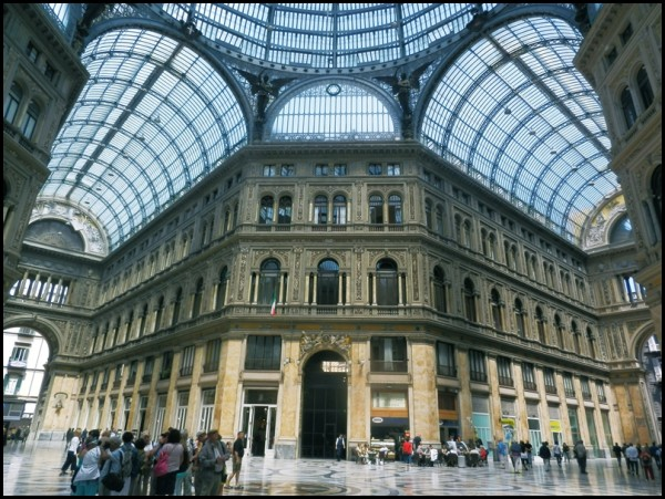 Shopping centre called Galleria Umberto 1