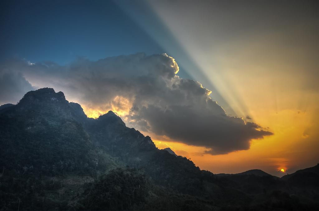 11-Laos