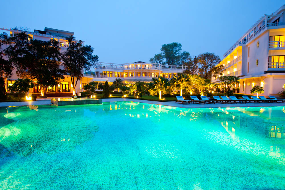 4-la-residence-pool