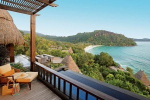 10 EPIC BEACH HOTELS TO VISIT BEFORE YOU DIE