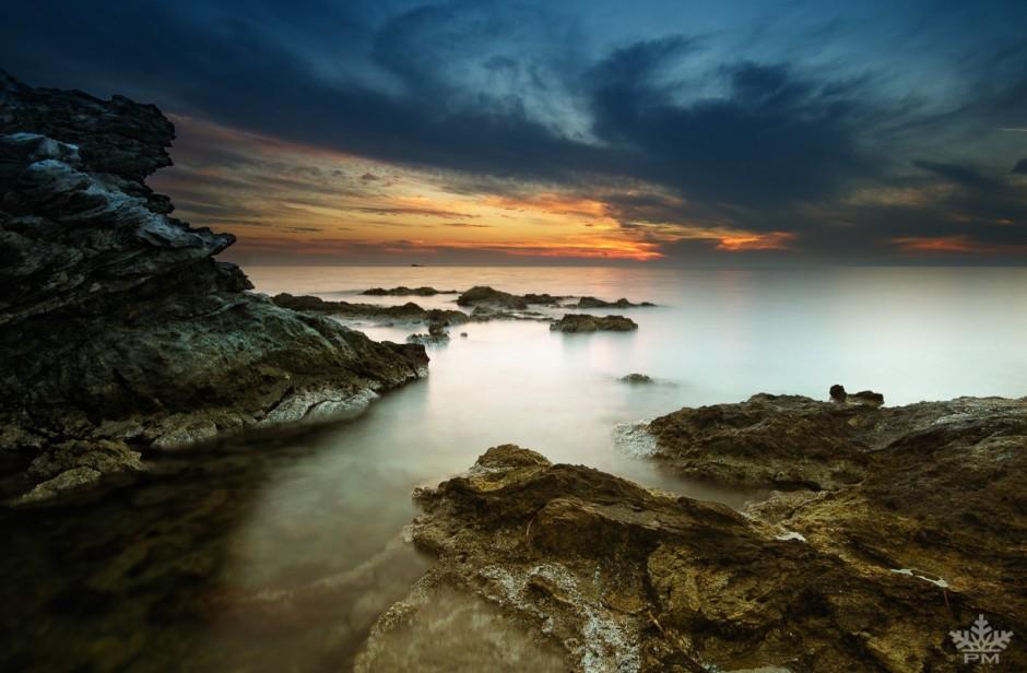4-rocky-beach