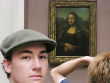Crowds in front of Mona Lisa