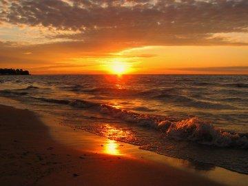 Sunrise, Milwaukee's Bradford Beach