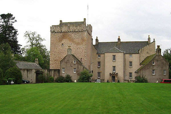 Kilravock Castle