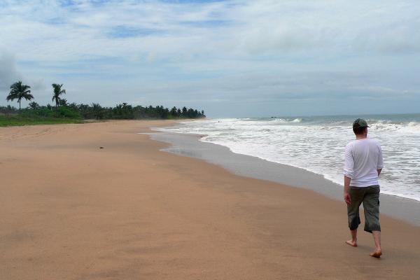 Akwidaa beach