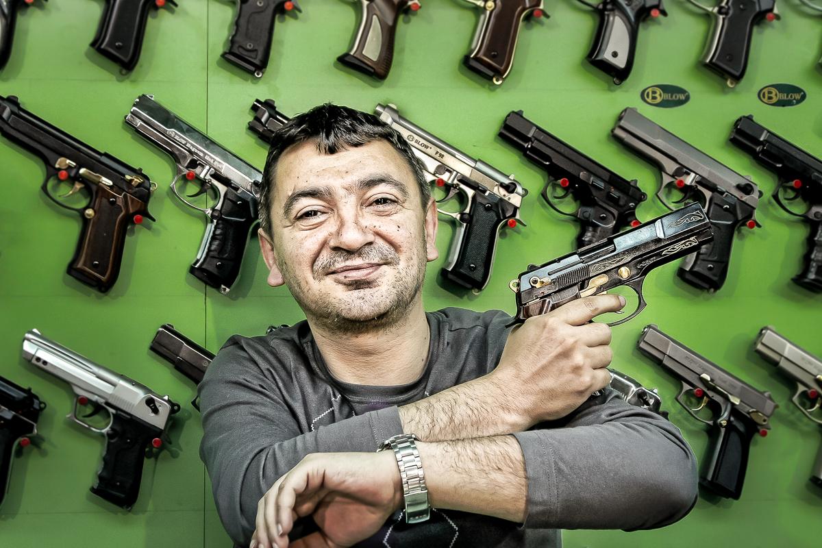 Gun_shop_owner