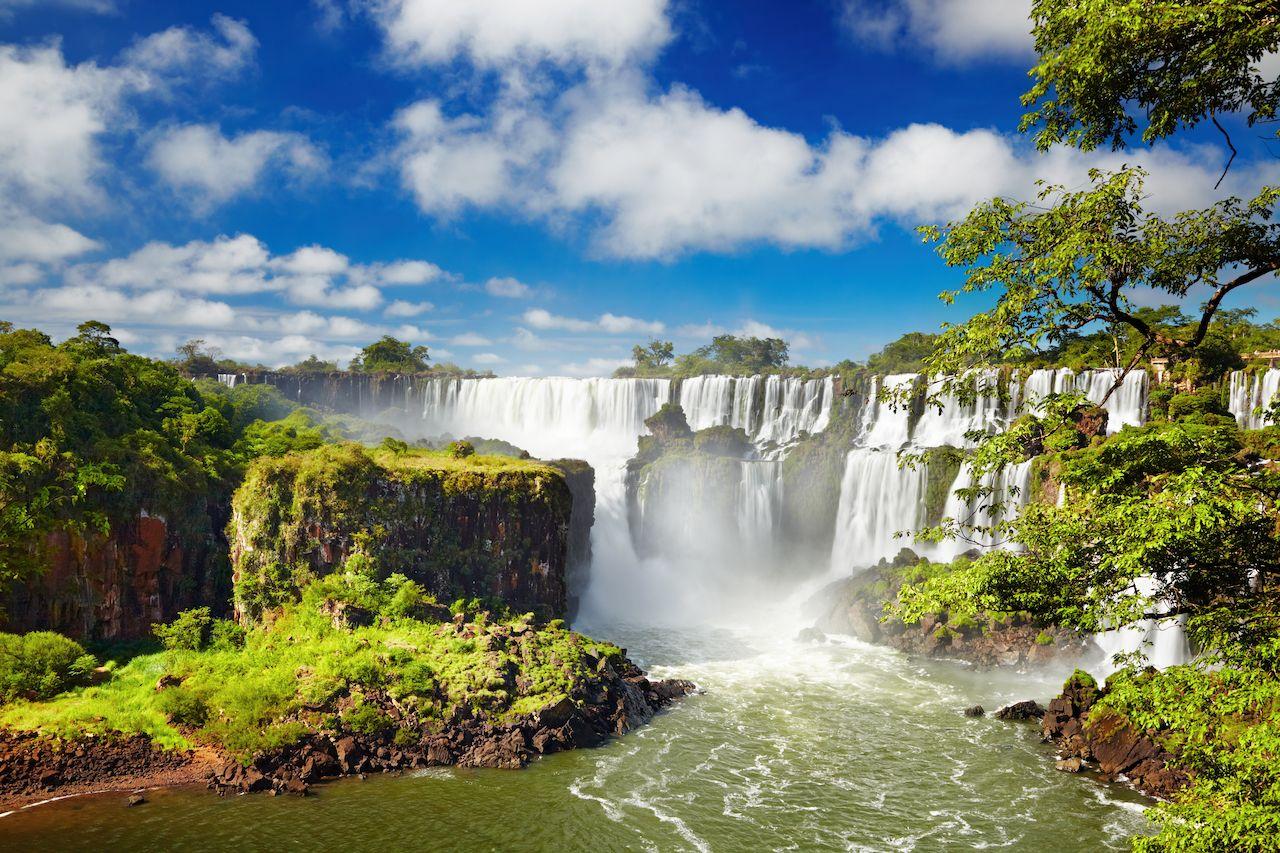 Iguassu Falls natural wonders