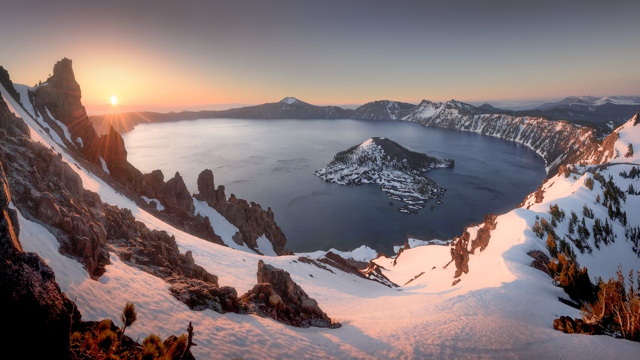 Sunrise at Crater Lake National Park in Oregon
