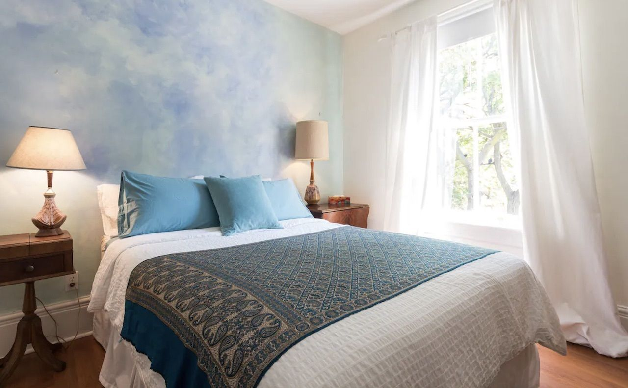 arts centric airbnb, best airbnbs in toronto