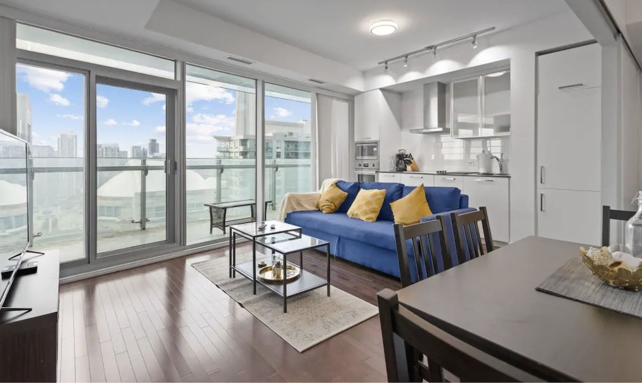 financial district, the best airbnbs in downtown Toronto