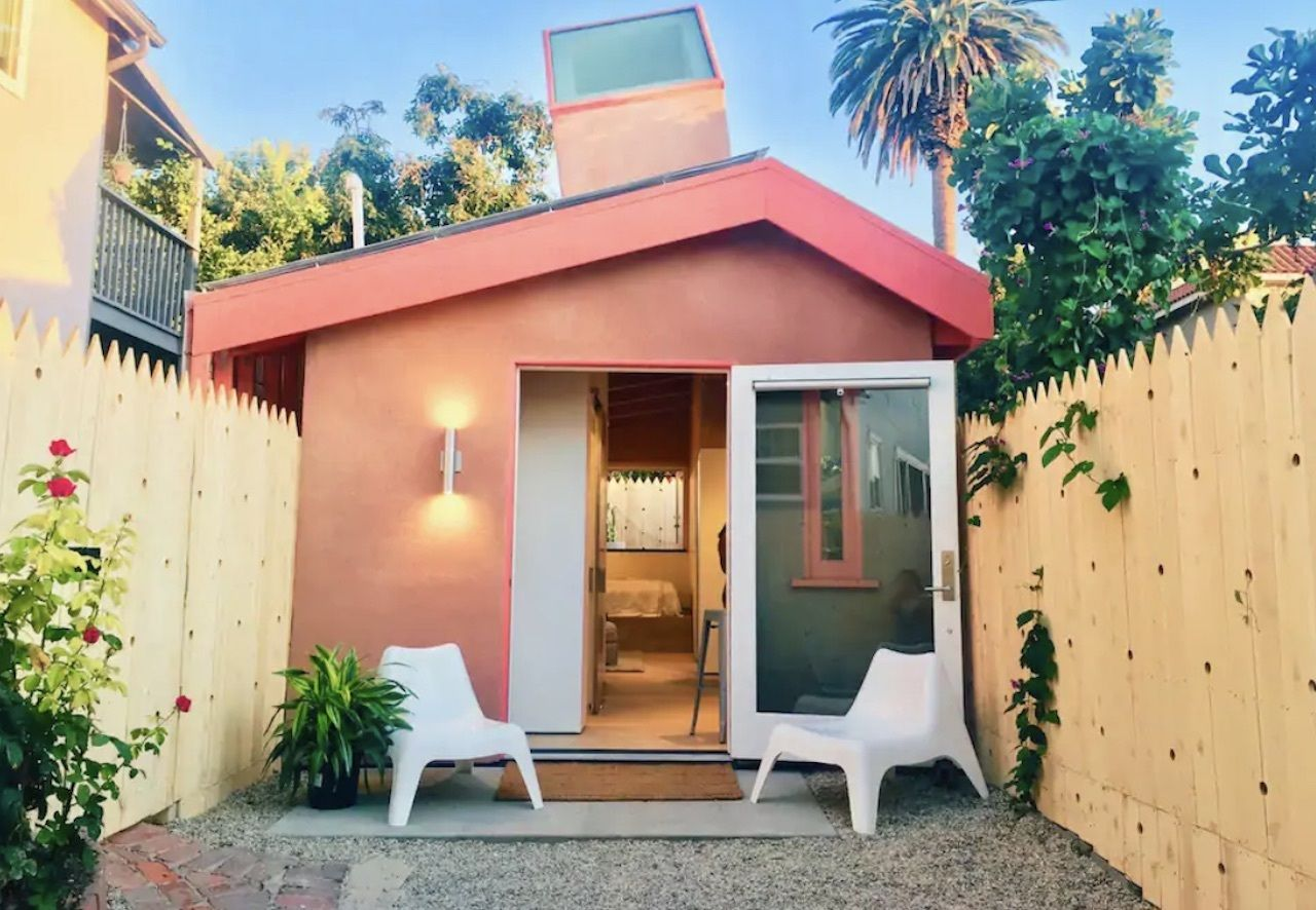 Tiny home Airbnb in Los Angeles