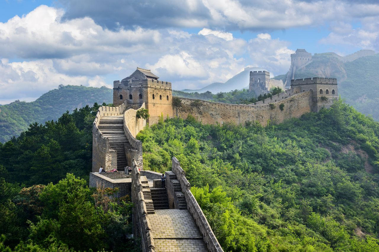 Great Wall of China view 7 wonders of the world 2019