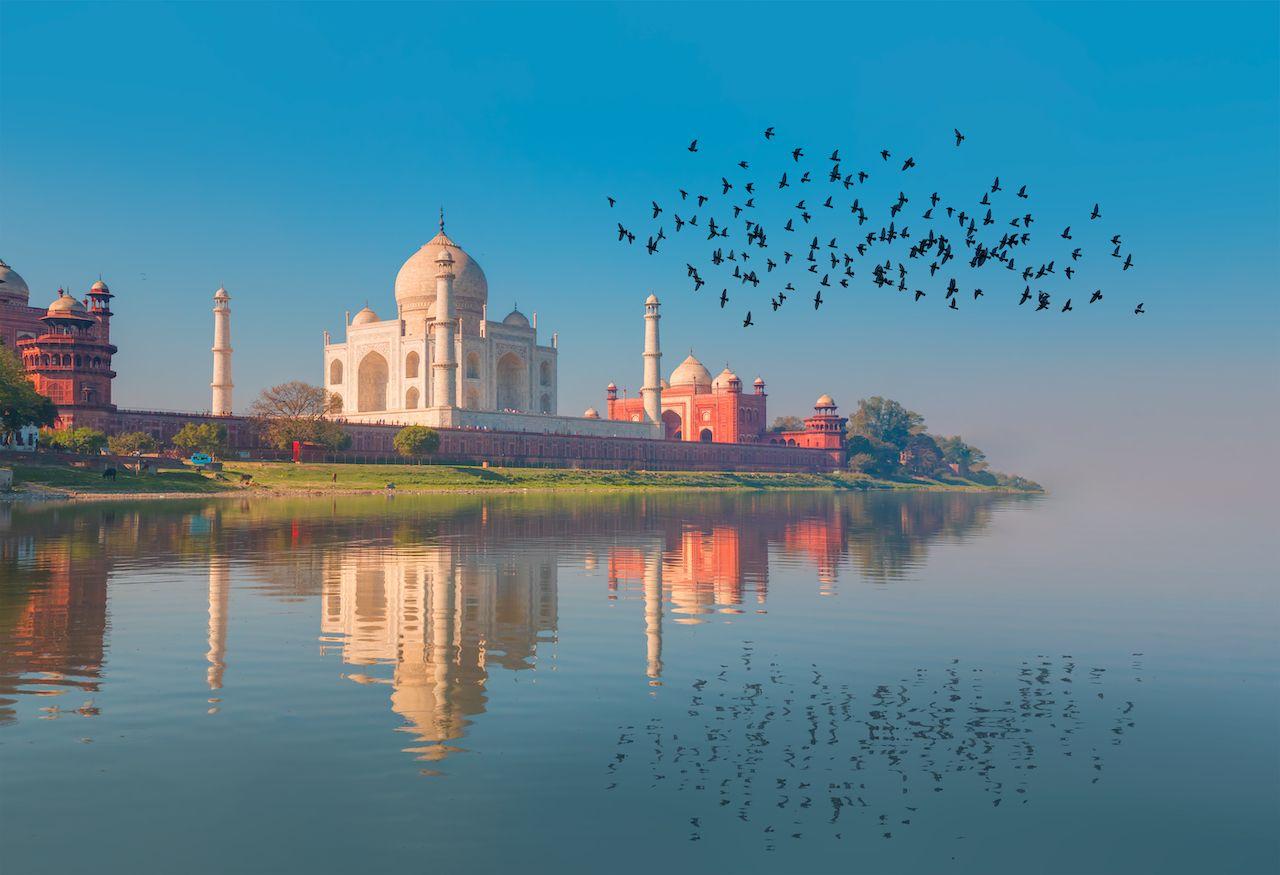 Side view of the Taj Mahal 7 wonders of the world 2019