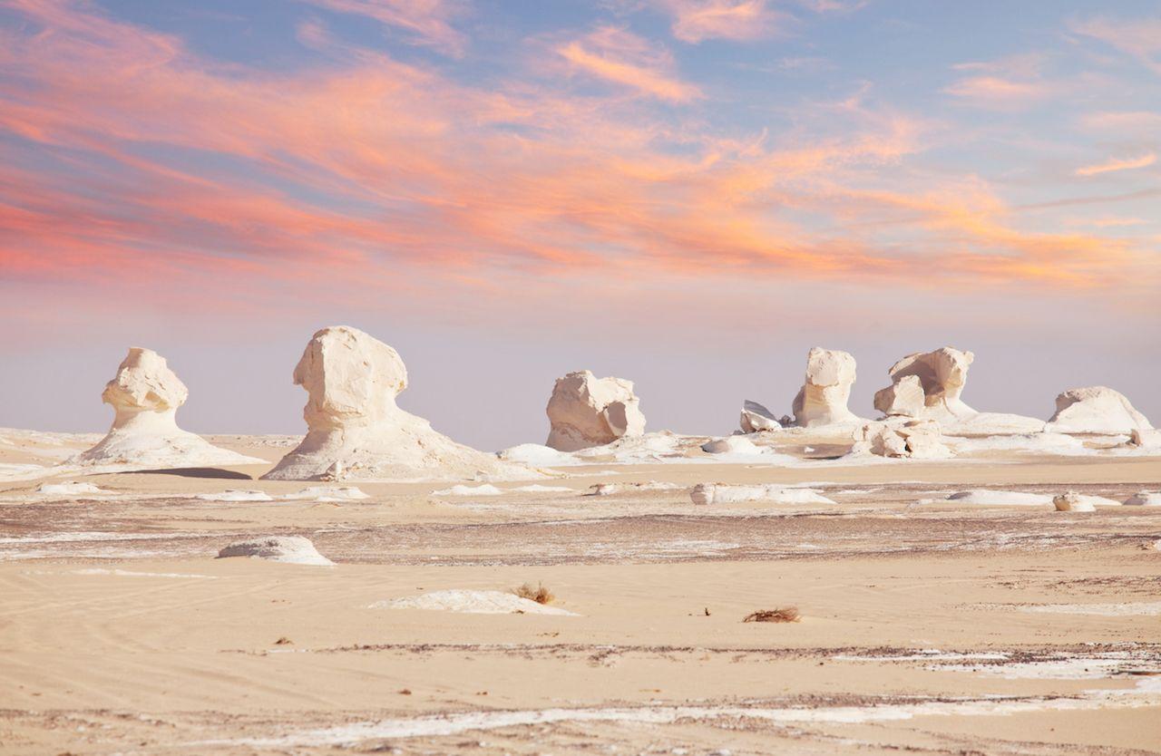 Chalk training in White desert, Egypt