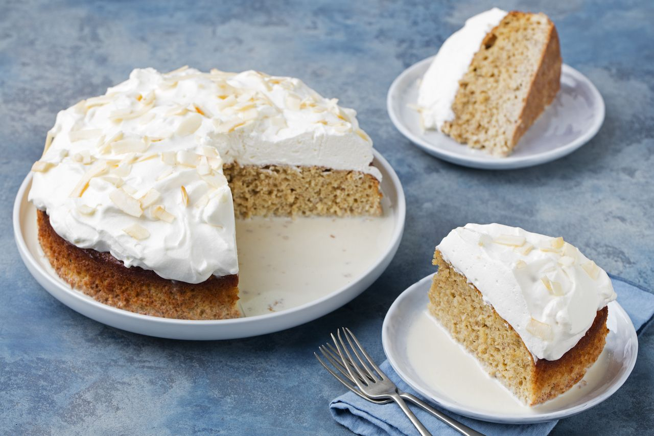 tres leches cake Puerto Rican food
