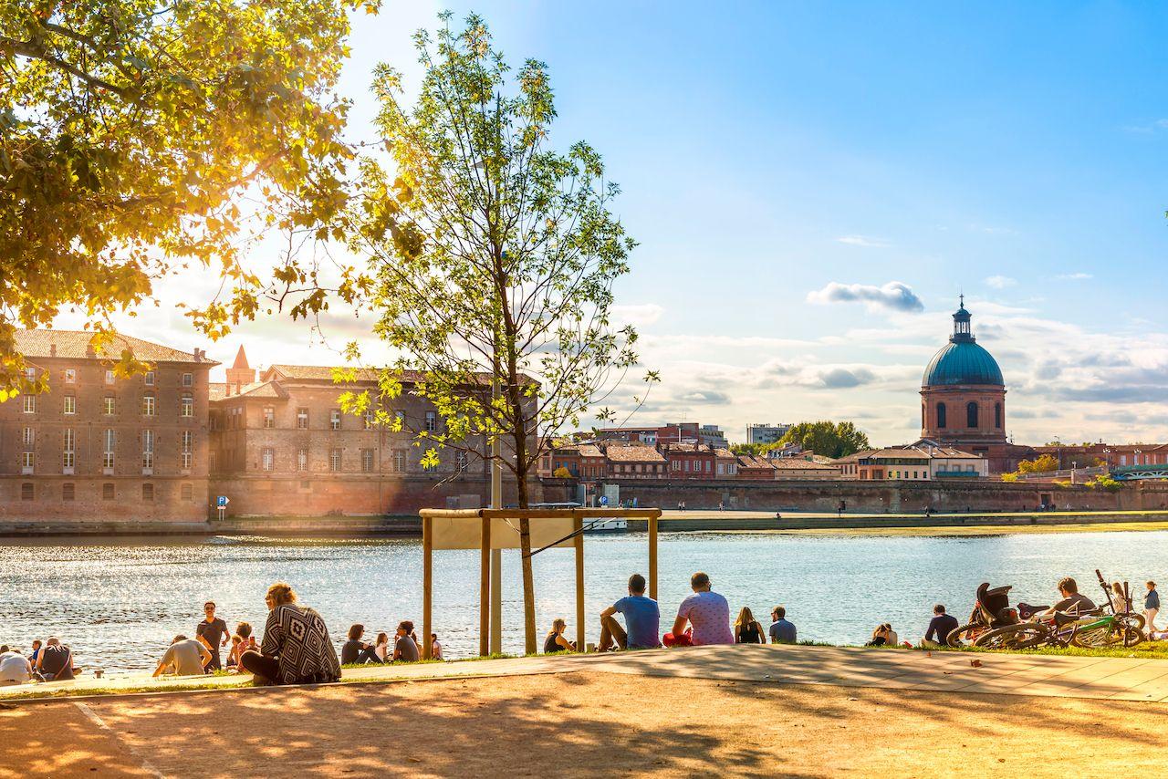 Intalnire gratuita pe Toulouse antier de dating cunoscut