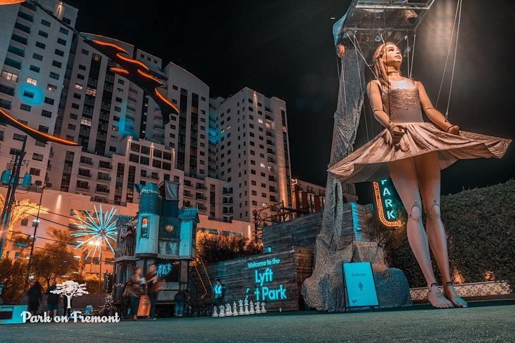 Photo- Las-vegas-Art-Photo-Lyft-Fired-Up-Management-Art-Park