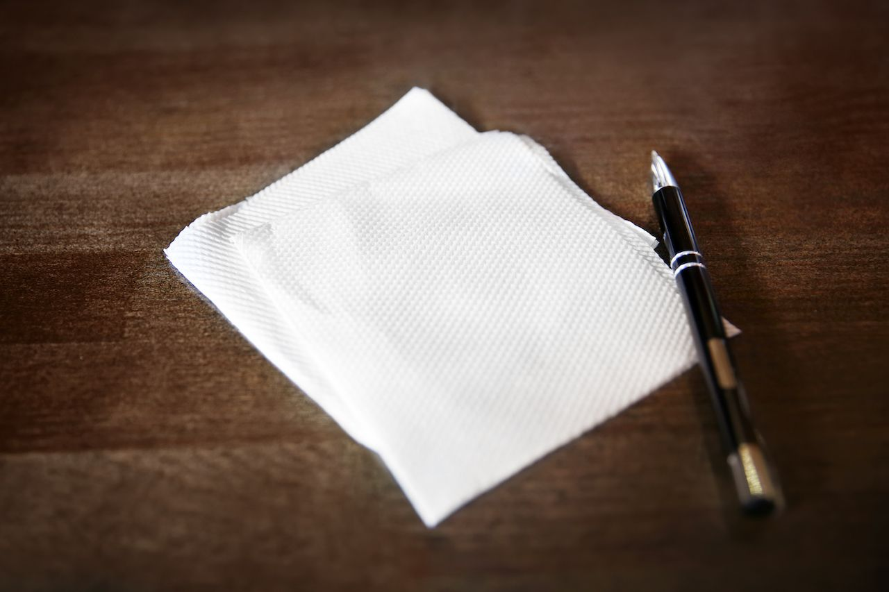 Napkin and pen drinking games without cards