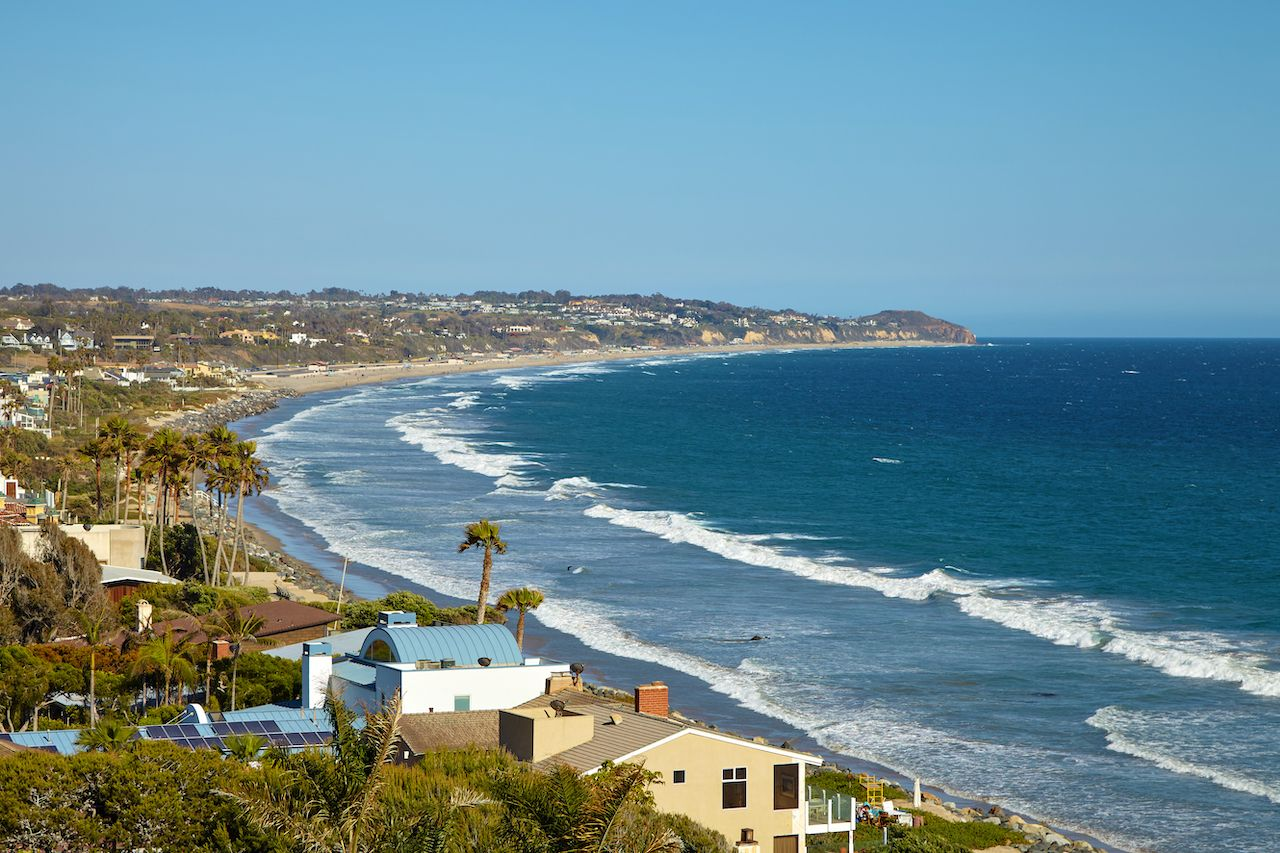 The beaches in Los Angeles, California make for excellent fall vacation destinations