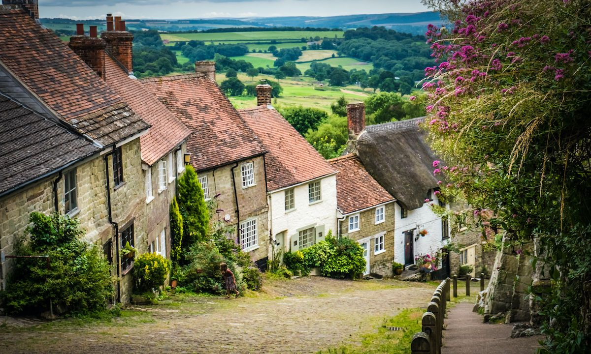7 adorable English villages that are straight out of a storybook