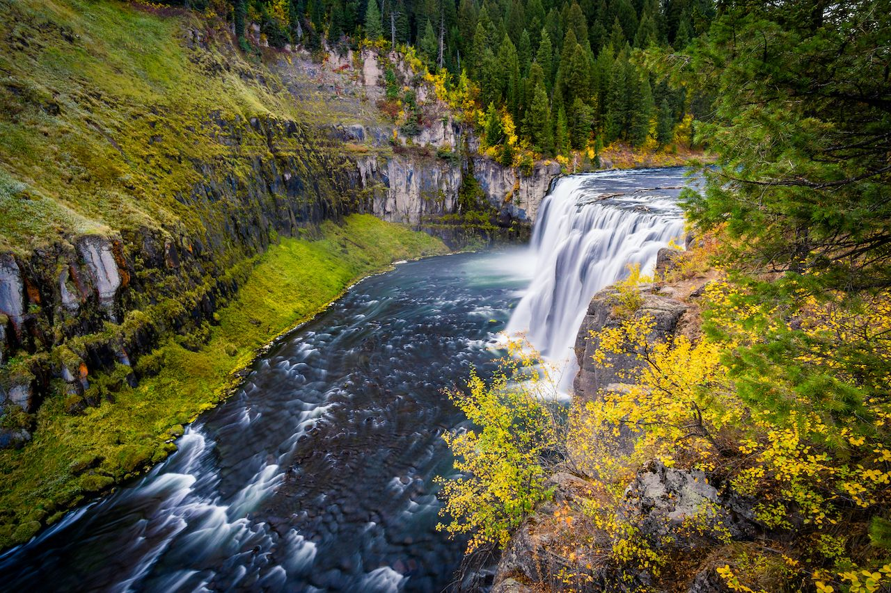 Upper Mesa Falls is one of the most beautiful US waterfalls to see in the autumn