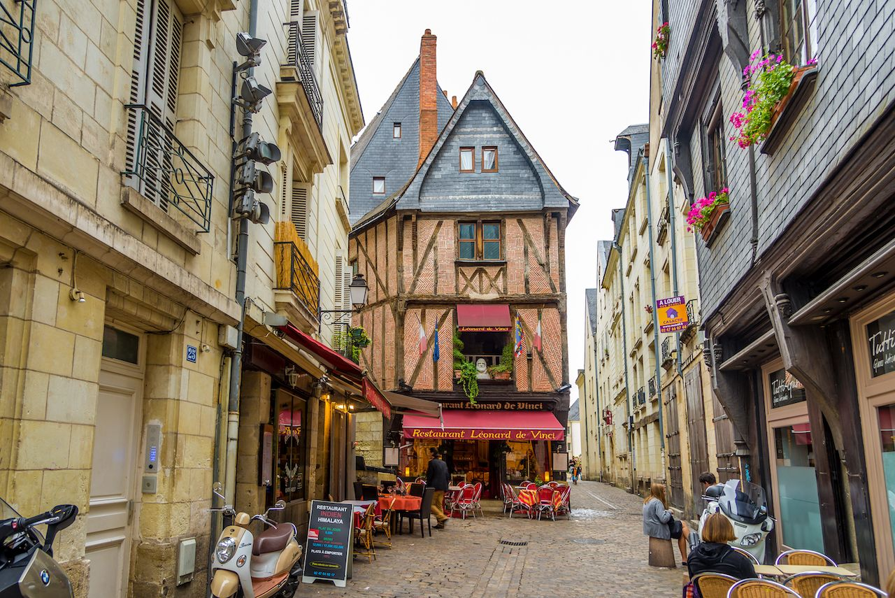 Loire Valley Tours medieval building