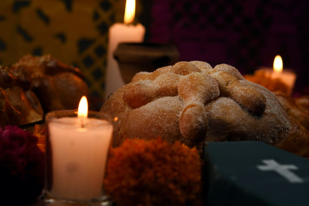 Bread offering for Day of the Dead