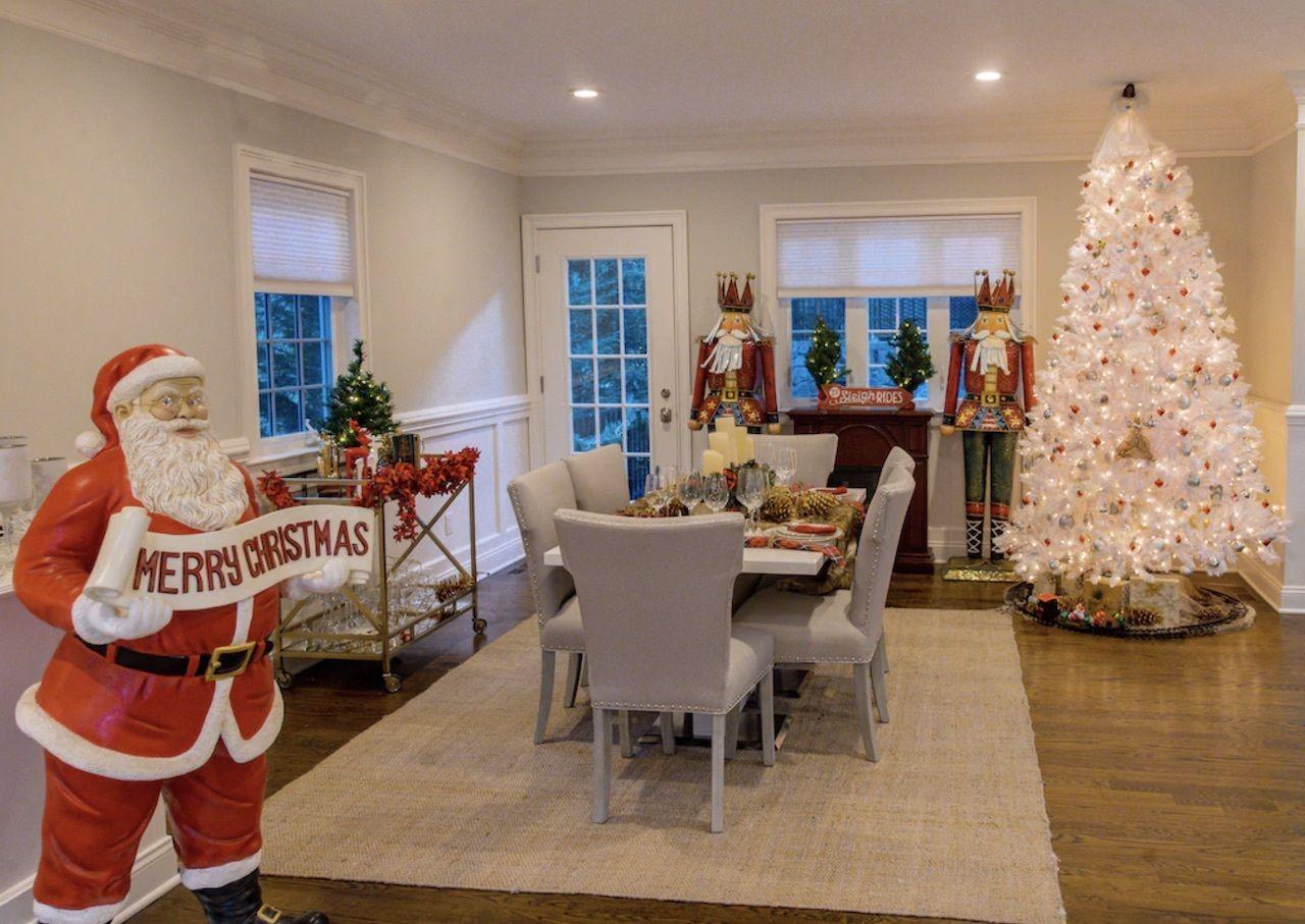 Christmas rental