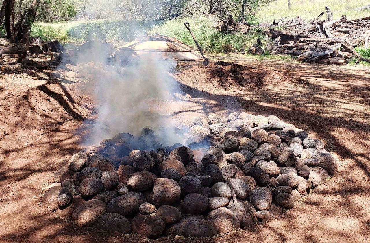 Hawaiian imu oven