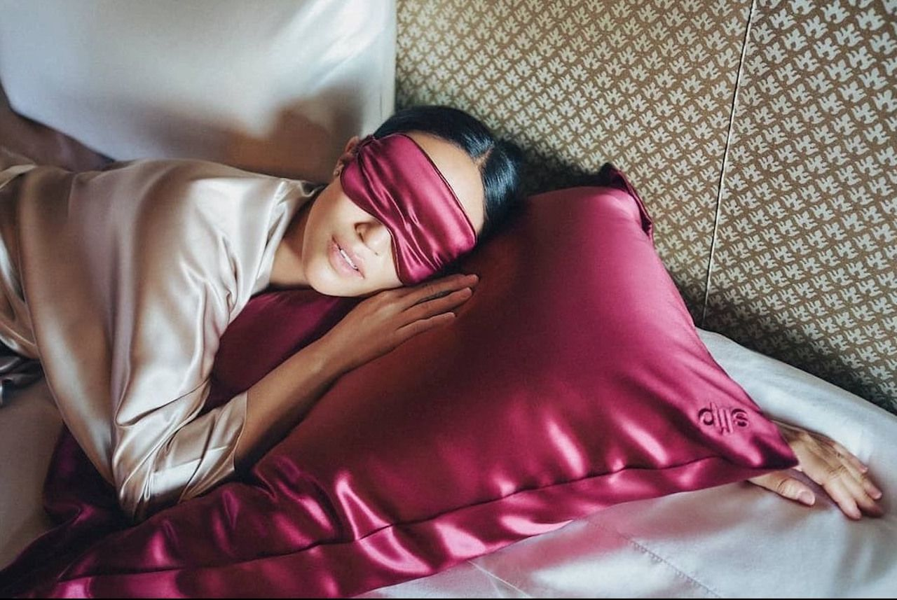 Silk sleep mask Slip