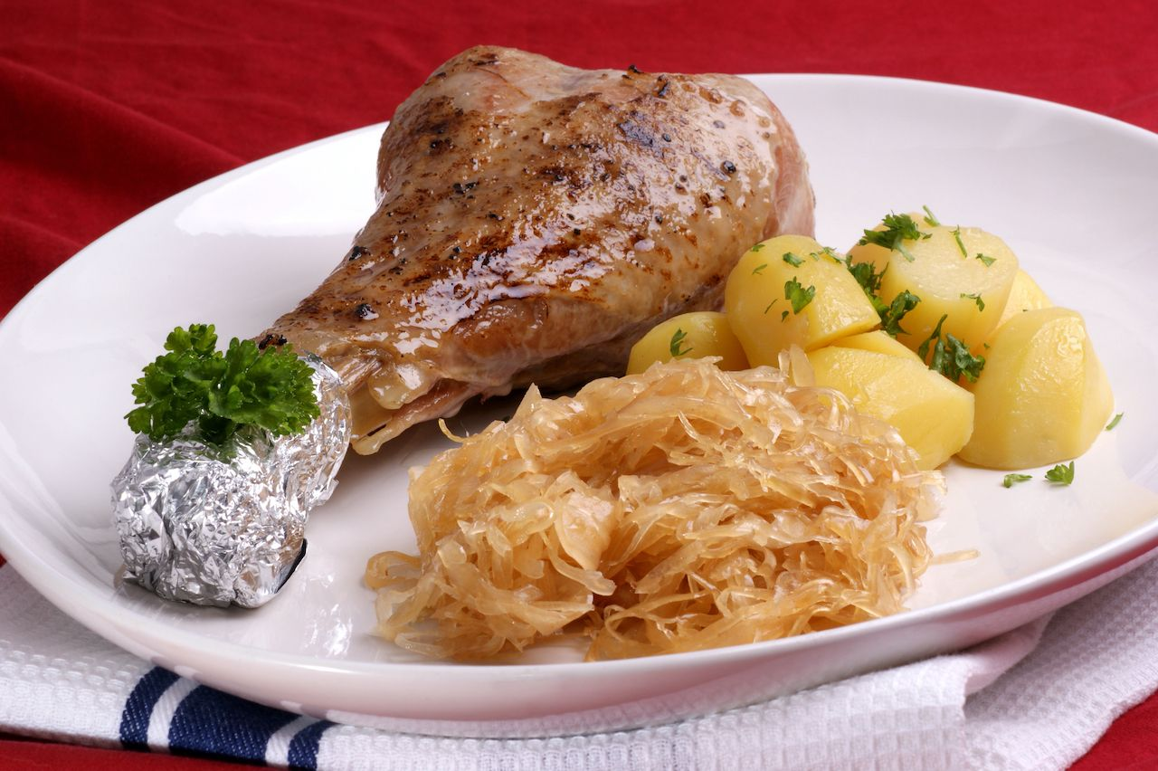 Turkey with sauerkraut