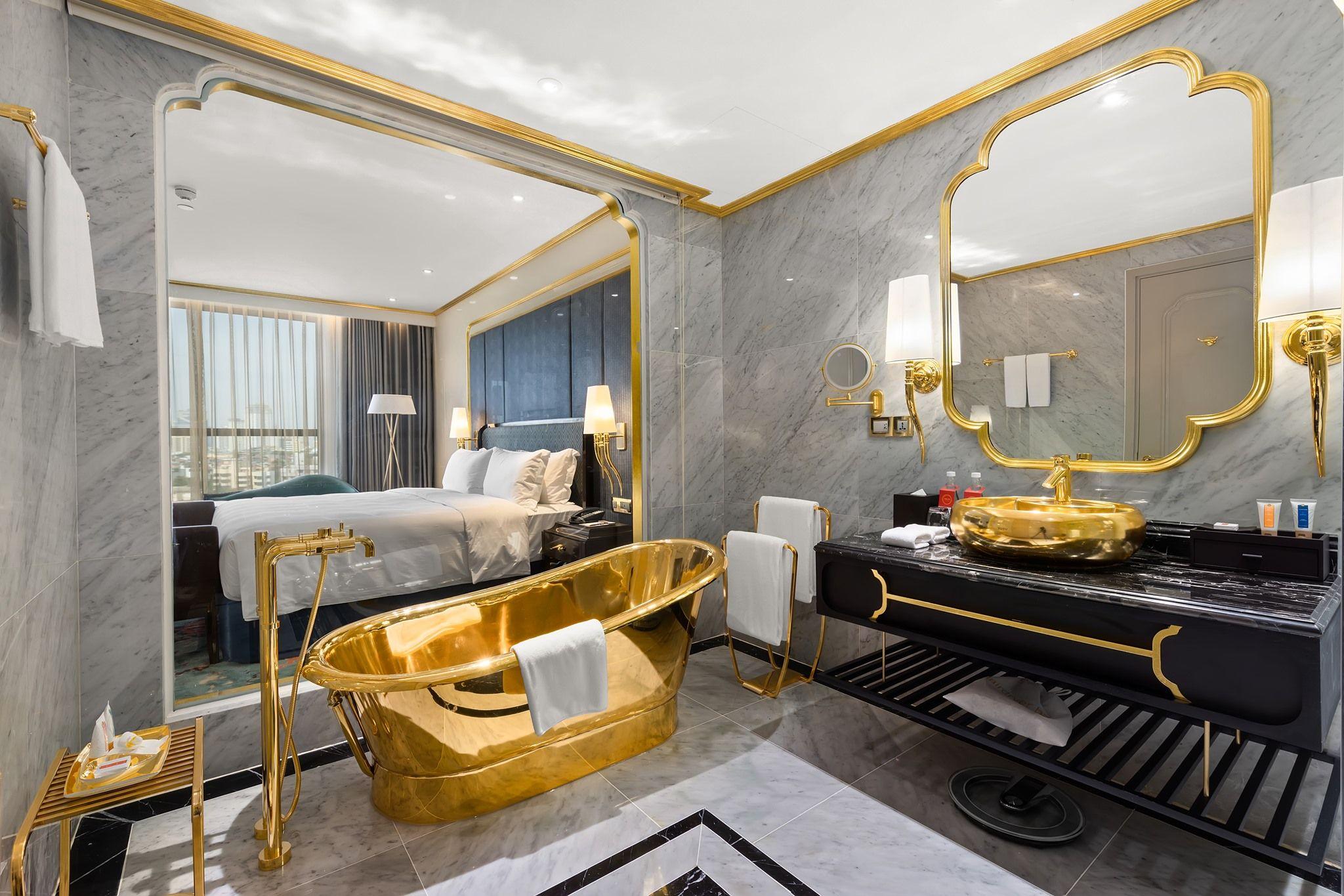 Vietnamese gold hotel