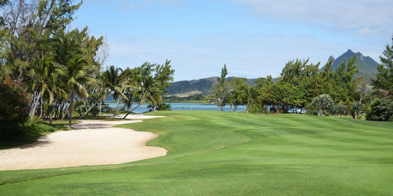 cerfs island golf in mauritius