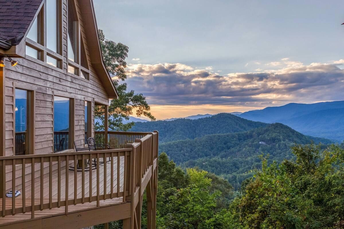 Secluded cabin in Bryson City North Carolina for rent on Airbnb