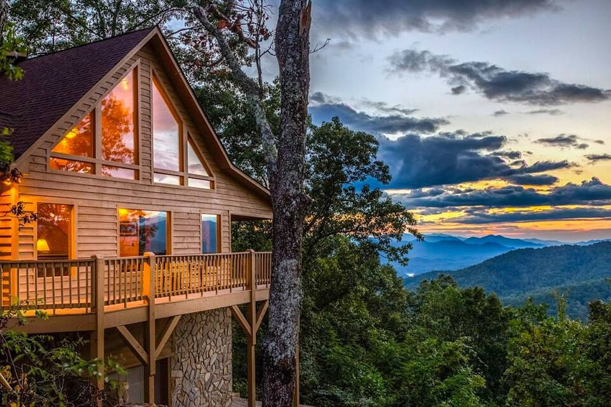 Secluded cabin in Bryson City North Carolina