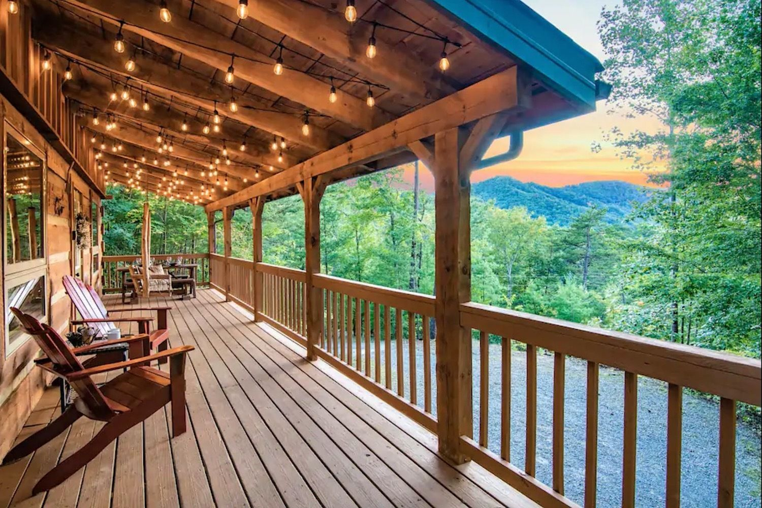 Secluded cabin with sunset views in Sevierville Tennessee